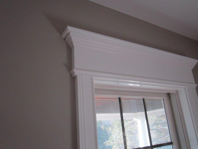 Window crown molding living room